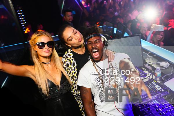 Paris Hilton, Shanina Shaik, DJ Ruckus